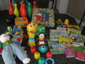 Très beau lot de jouets éducatifs 6 à 36 mois