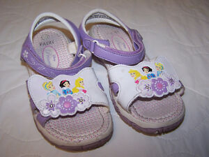 Disney Princess Sandels  Girls Size 10