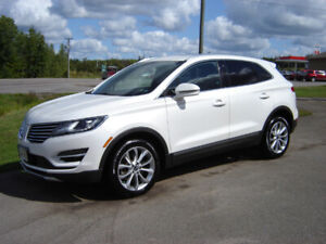 2015 LINCOLN MKC***FULLY LOADED***AWD***FACTORY WARRANTY***