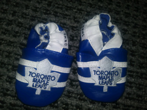 0-6 months Maple Leaf soft shoes
