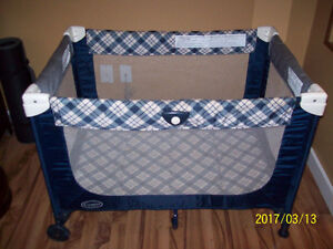 Playpen (Fold Up and Go)