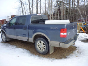 2004 Ford Truck for Parts