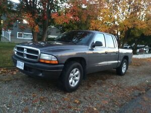(2004) Dodge Dakota (One Owner)