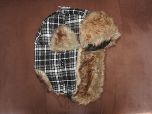 NEVER USED winter plaid hat (partial tag remains)