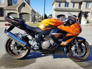 2009 Hyosung GT250R 250 Motorcycle *price reduced*