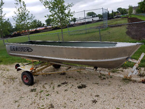 Fishing Boat & Trailer Package - First $800 takes it all