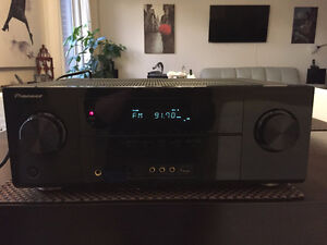 Pioneer VSX-821-K 5.1 home theater receiver