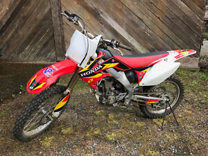 2006 and 2009 HONDA CRF 250R's FOR SALE