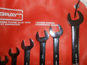 New 7 piece GRAY wrench set