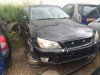 Lexus IS 200 all parts available leather haft seats petrol
