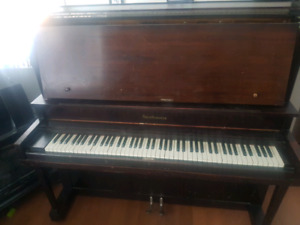 Free Old Piano for Project
