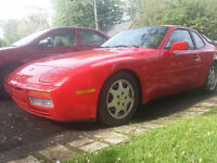 GUARDS RED 1987 PORSCHE 944 TURBO $8000
