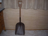 Vintage wood D handle coal shovel !