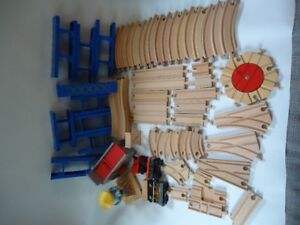 Lot of wooden train track and risers, compatible with Thomas