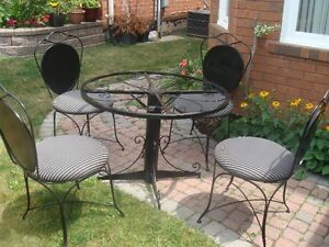 Patio Set 4 Chairs & Table, Solid Steel Rod & Heavy Gauge Sheet
