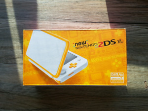 New Nintendo 2DS XL - Orange/White - BRAND NEW (never opened)