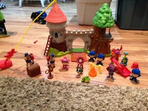 Mike the Knight Play set and toys Stratford Kitchener Area image 1