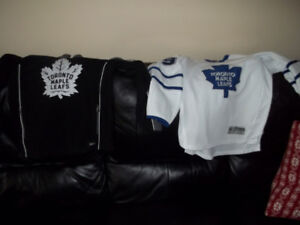 Youth Toronto Maple Leaf Fleece Sweater and Jersey