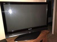 """Panasonic 37"""" LCD Television"""
