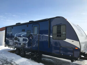 Roulotte winnebago Minnie 2455BHS