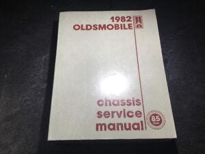 1982 Oldsmobile Manual Cutlass Delta Eighty-Eight 98 Toronado
