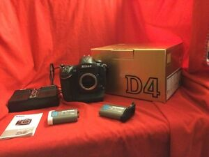 Lots of Nikon Gear with little use for sale