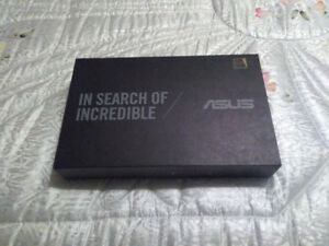 BRAND NEW IN BOX GOLD ASUS + 1 FREE YEAR OF MICROSOFT OFFICE