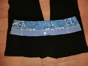 LuluLemon Size 8 Reversable Groove Pants