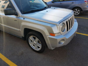 NEW PRICE / Nouveau Prix - Jeep Patriot North Edition 4×4 - 2010