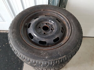 Like new 185 65 r14 winter tires (off Hyundai Accent)