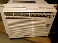 Whirlpool Room Air Conditioner, 10 000 BTU