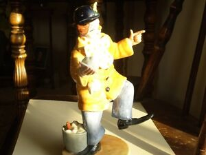 "Royal Doulton Figurine - "" The Clown "" HN2890 Kitchener / Waterloo Kitchener Area image 6"