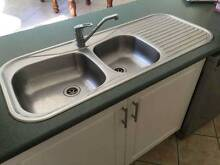 Kitchen sink and Mixer Mountain Creek Maroochydore Area Preview