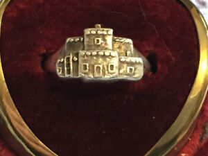Navajo sterling silver ring by Sharon Cisco. Silver cloud.