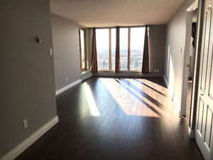 2 Master Suite Luxory Condo in Central Strathcona