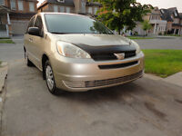 2004 Toyota Sienna Minivan, Van, mint condition
