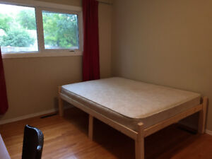Close to University of Manitoba. master bedroom available Jan 1