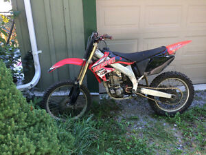 Honda Crf 450 R / Trade 4x4 truck/ cash 2,000