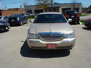 2011 Lincoln Town Car Sedan