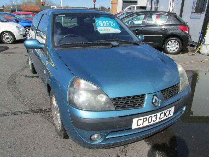 2003 renault clio 1 6 16v dynamique ac in llanelli carmarthenshire gumtree. Black Bedroom Furniture Sets. Home Design Ideas