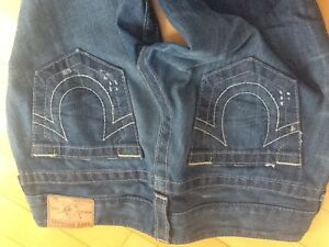 Brand new women's True Religion jeans with tags and retail bag! Edmonton Edmonton Area image 8