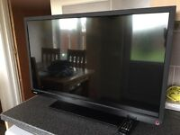 """TOSHIBA 32"""" HD TV/DVD COMBO WITH BUILTIN FREEVIEW"""