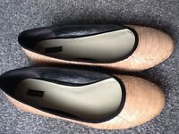 Jaeger ostrich leather nude flats - size 39 (6)