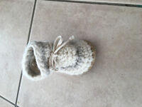 Lost wool baby bootie