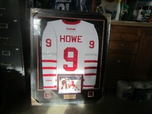 new product f7e64 f93f8 Gordie Howe Signed Jersey | Kijiji in Ontario. - Buy, Sell ...