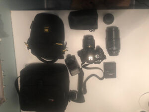 Nikon D5200 for sale, with accessories!