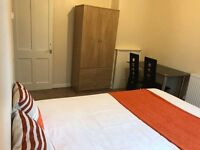 THIS LOVELY DOUBLE ROOM IS NOW AVAILABLE FOR YOU-WE ACCEPT COUPLES-STREATHAM-BE QUICK!!