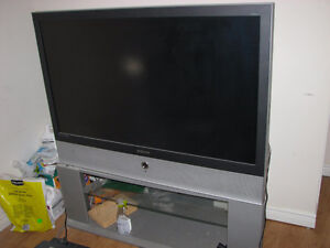 SELLING LARGE 48INCH BIG SCREEN TV WITH STAND!
