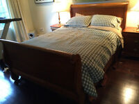 Sleigh Bed Bed with Mattress and Night Tables