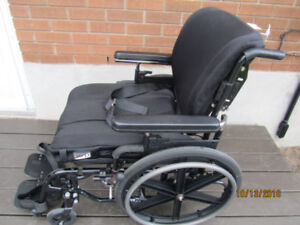 Wheelchair /Transport chair,/ chaise roulant/ tansport,Quickie 2